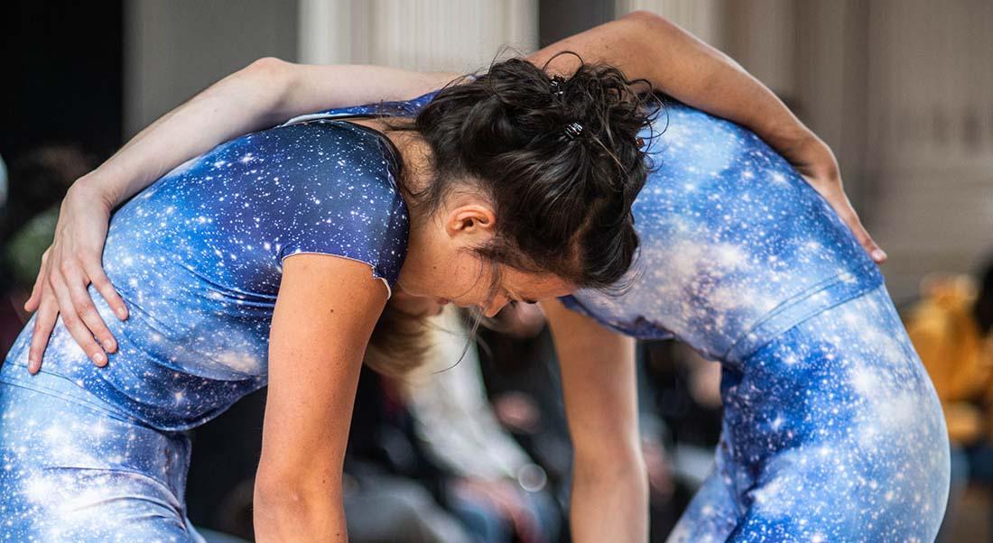 Screws d'Alexander Vantournhout, une expérience stimulante - Critique sortie Danse Paris Le CENT-QUATRE Hors les Murs. La Conciergerie