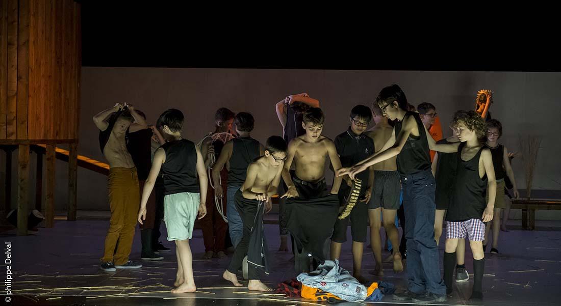 David Lescot met en scène « J'entends des voix » - Critique sortie Théâtre Caen THEATRE DE CAEN