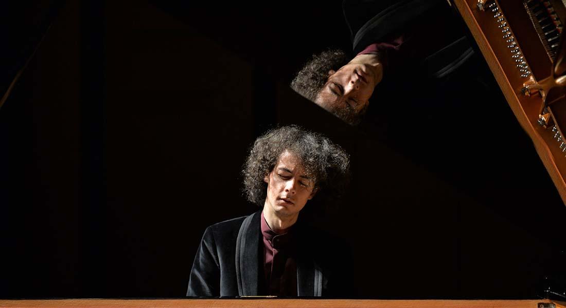 Can Çakmur, jeune pianiste turc - Critique sortie Classique / Opéra Paris Auditorium de la Fondation Louis Vuitton