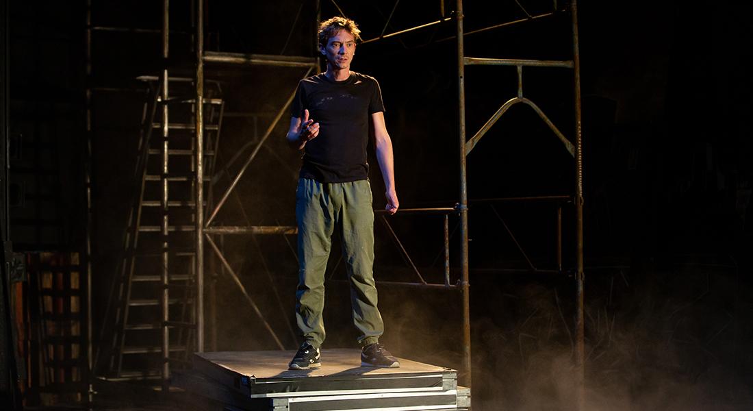 Exécuteur 14 d'Adel Hakim, musique de Mahut, mise en scène de Tatiana Vialle - Critique sortie Théâtre Paris Théâtre du Rond-Point
