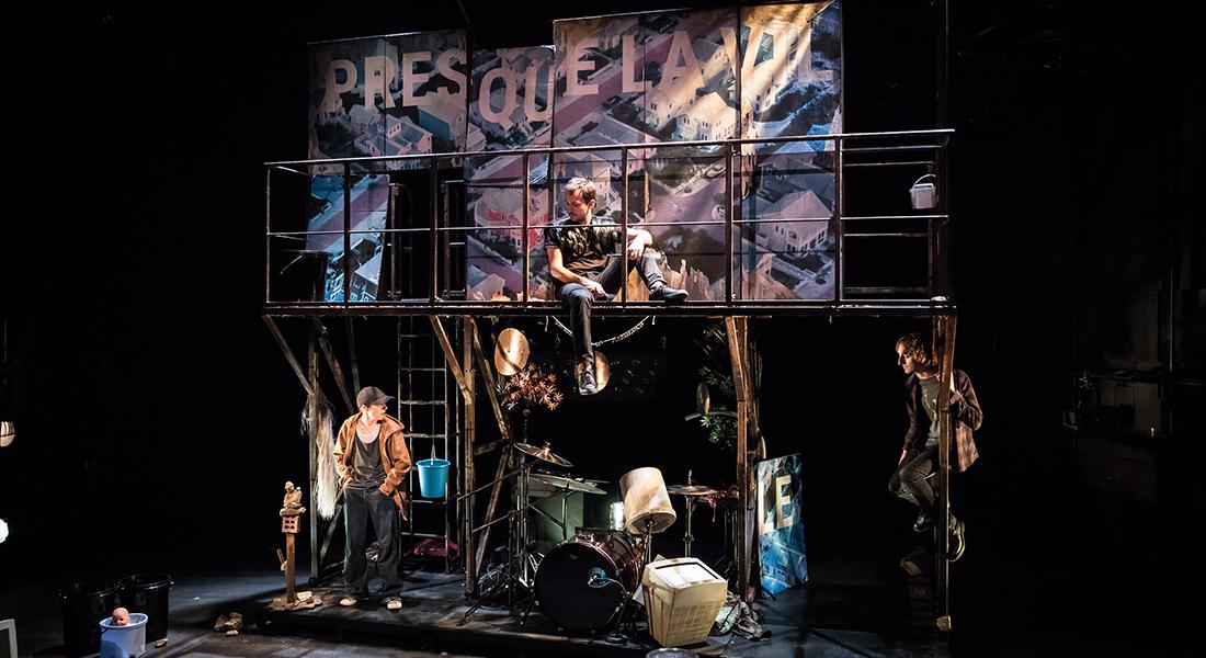 La Loi de la gravité, d'Olivier Sylvestre, mise en scène de Cécile Backès - Critique sortie Théâtre Béthune Comédie de Béthune - Centre Dramatique National