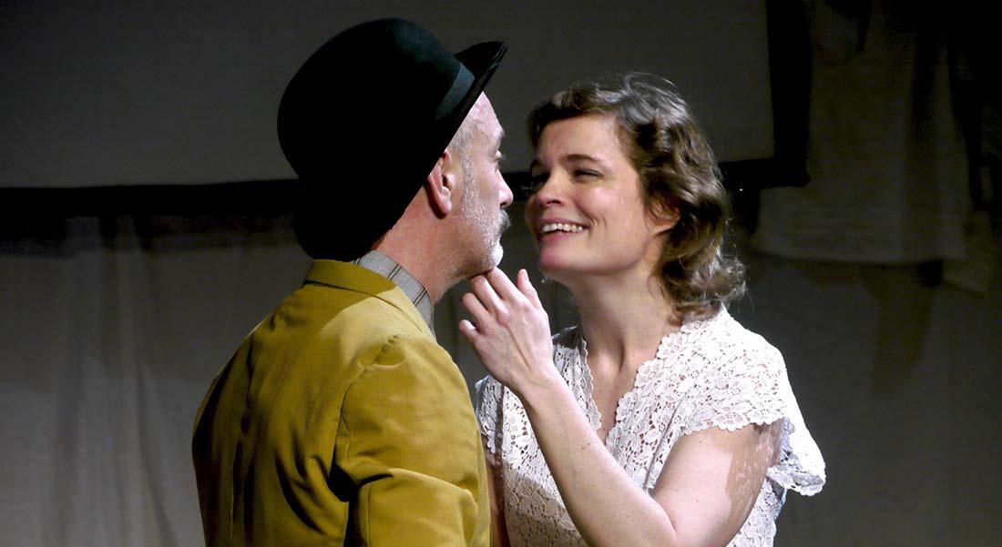 La Mégère apprivoisée de William Shakespeare adaptation et mise en scène de Frédérique Lazarini - Critique sortie Théâtre Paris Artistic Théâtre