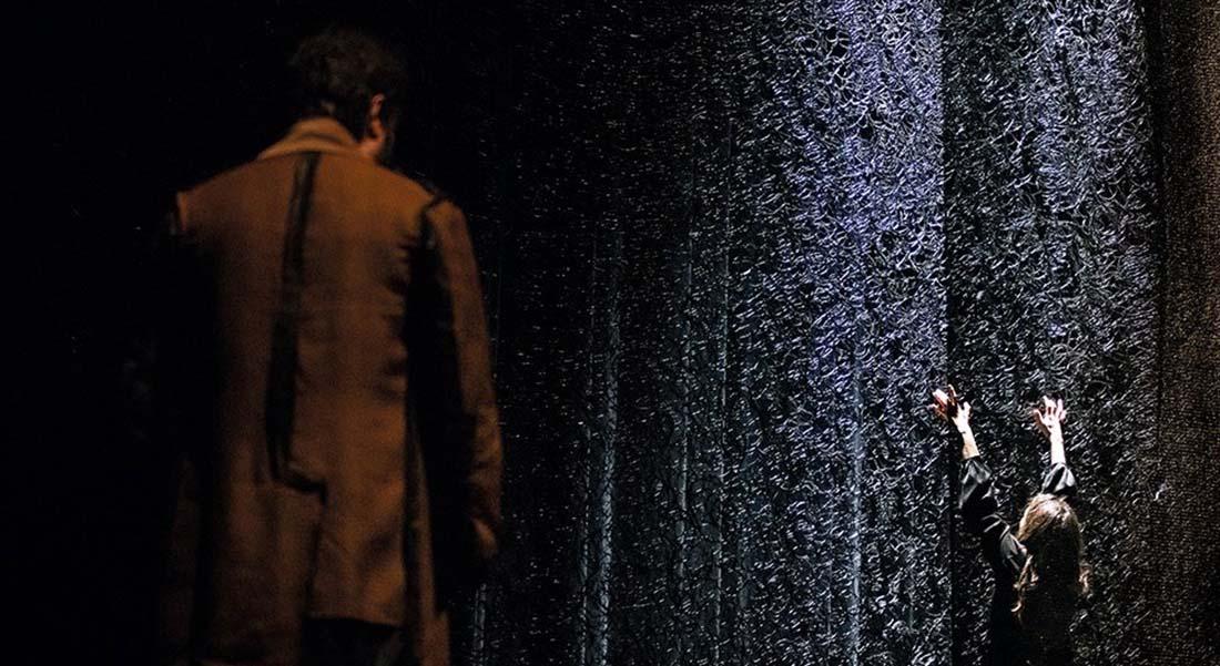 Seul ce qui brûle d'après le roman de Christiane Singer adapté par Chantal de la Coste et Julie Delille, mise en scène de Julie Delile - Critique sortie Théâtre Tours Théâtre Olympia - CDN de Tours