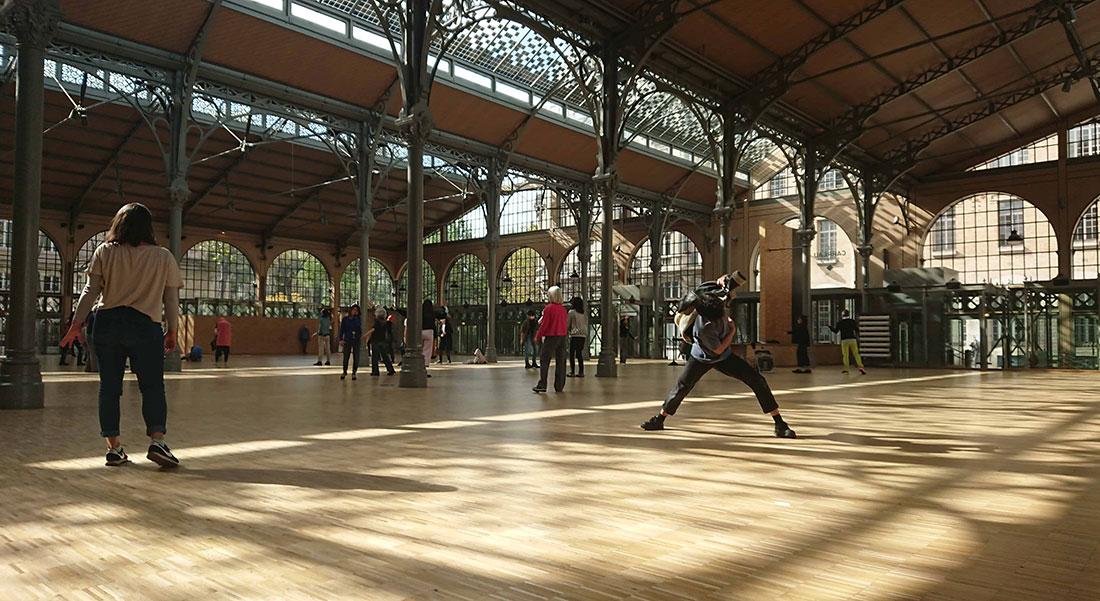 Sur le carreau d'Yves-Noël Genod - Critique sortie Danse Paris Le Carreau du Temple