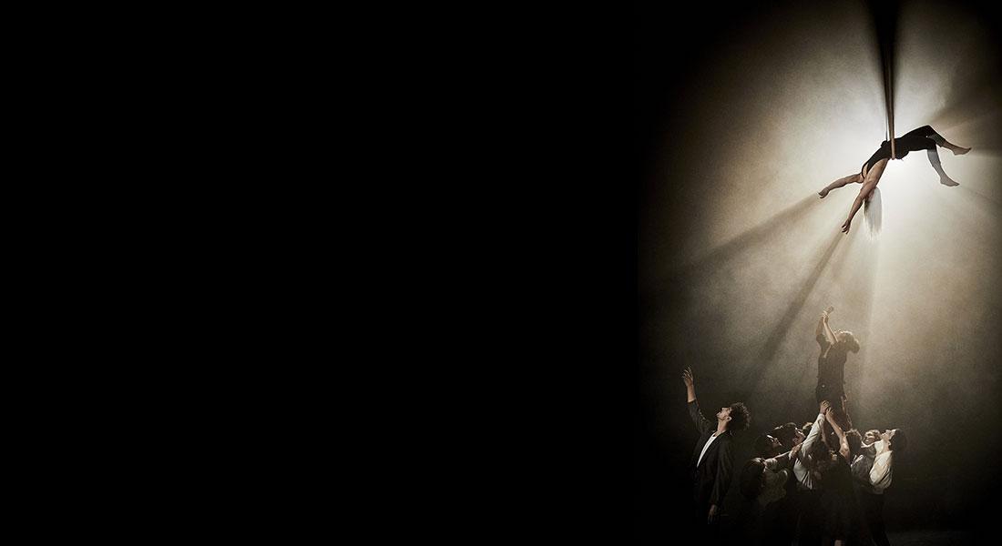 Le Cycle de l'absurde de Raphaëlle Boitel - Critique sortie Théâtre Paris Espace Chapiteaux La Villette