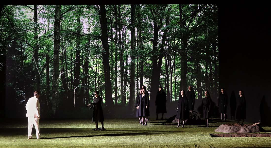 La Flûte enchantée dans la mise en scène de Robert Carsen, avec Julie Fuchs et Sabine Devieilhe. - Critique sortie Classique / Opéra Paris Opéra Bastille