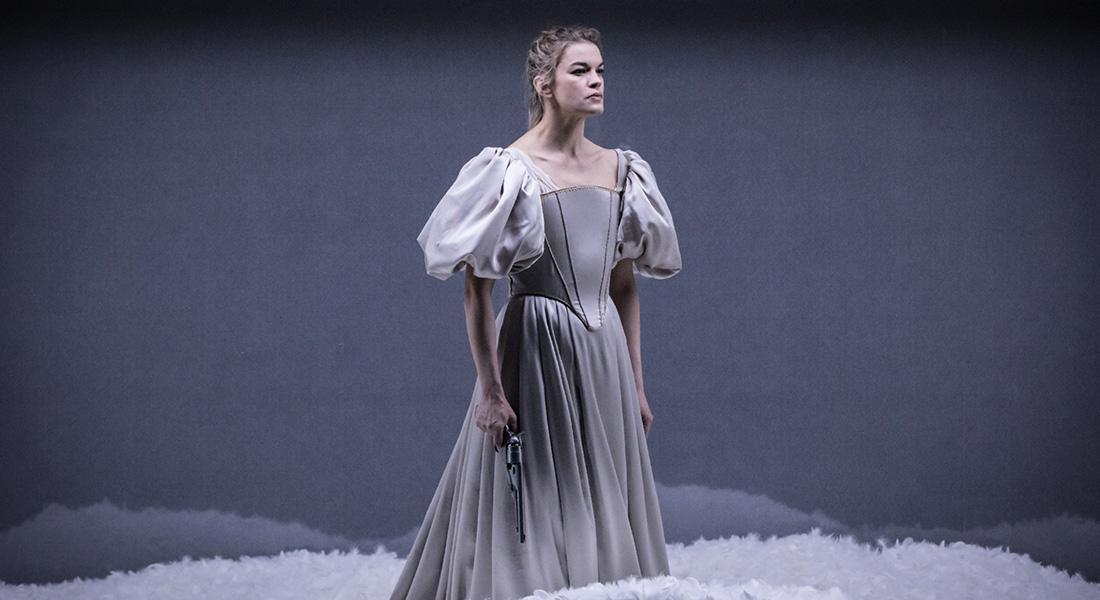 Dissection d'une chute de neige de Sara Stridsberg, mise en scène de Christophe Rauck - Critique sortie Théâtre Lille Le Théâtre du Nord