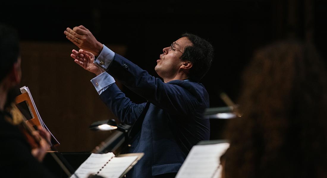Leonardo García Alarcón associe Monteverdi et Piazzolla. - Critique sortie Classique / Opéra saint denis Basilique de Saint-Denis
