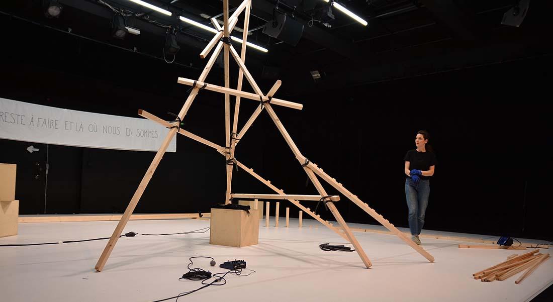 Ce qu'il reste à faire et là où nous en sommes de Jeanne Brouaye - Critique sortie Danse Paris au Théâtre de l'Aquarium et au Carreau du Temple.
