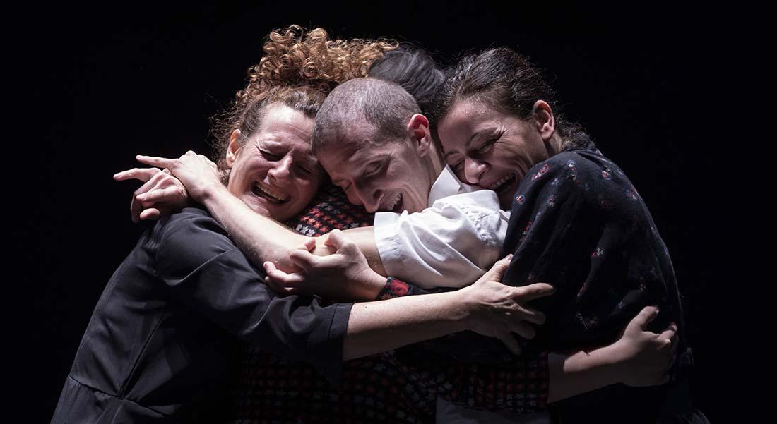 Misericordia  et  Pupo di Zucchero – La Festa dei Morti, d'Emma Dante - Critique sortie Théâtre Avignon Festival d'Avignon. Gymnase du lycée Mistral.