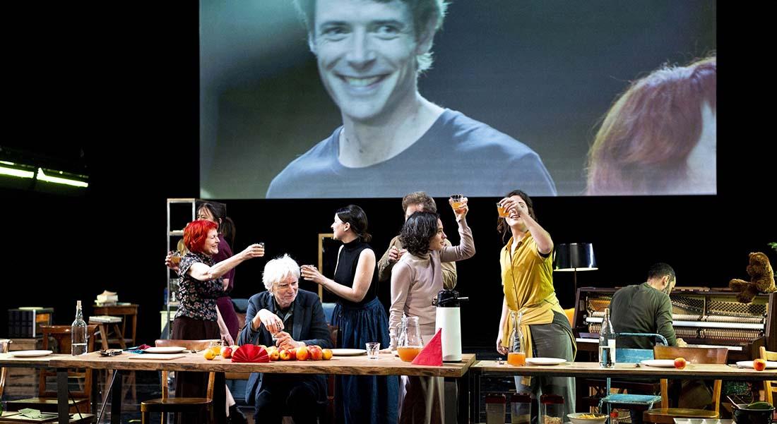 Entre chien et loup, d'après Lars Von Trier, adaptation et mise en scène de Christiane Jatahy - Critique sortie Théâtre Vedène Festival d'Avignon. L'autre scène du Grand Avignon - Vedène