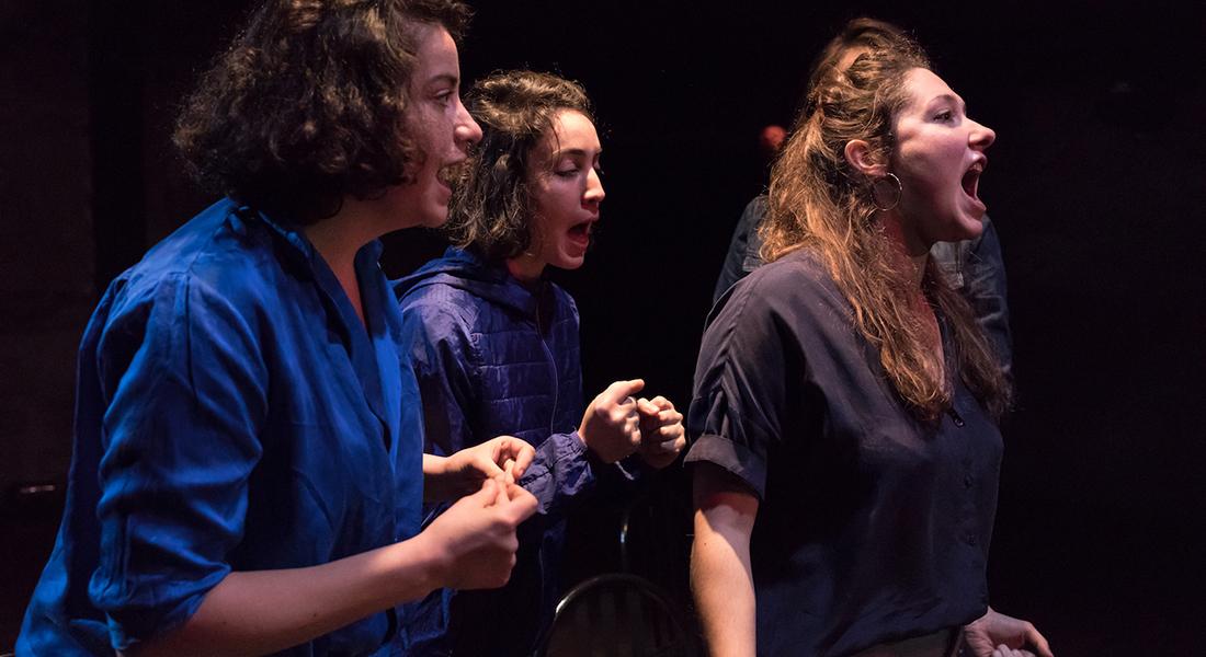 Les Femmes de Barbe Bleue, mise en scène de Lisa Guez - Critique sortie Théâtre Avignon Théâtre des Carmes
