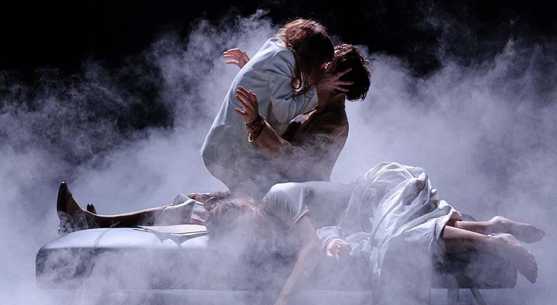 Angels in America de Tony Kushner, mis en scène et chorégraphié par Philippe Saire - Critique sortie Avignon / 2021 Avignon Avignon Off. La Manufacture