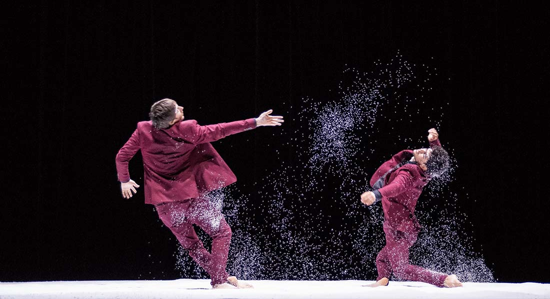 Landing d'Abderzak Houmi - Critique sortie Danse Avignon La Fabrik'