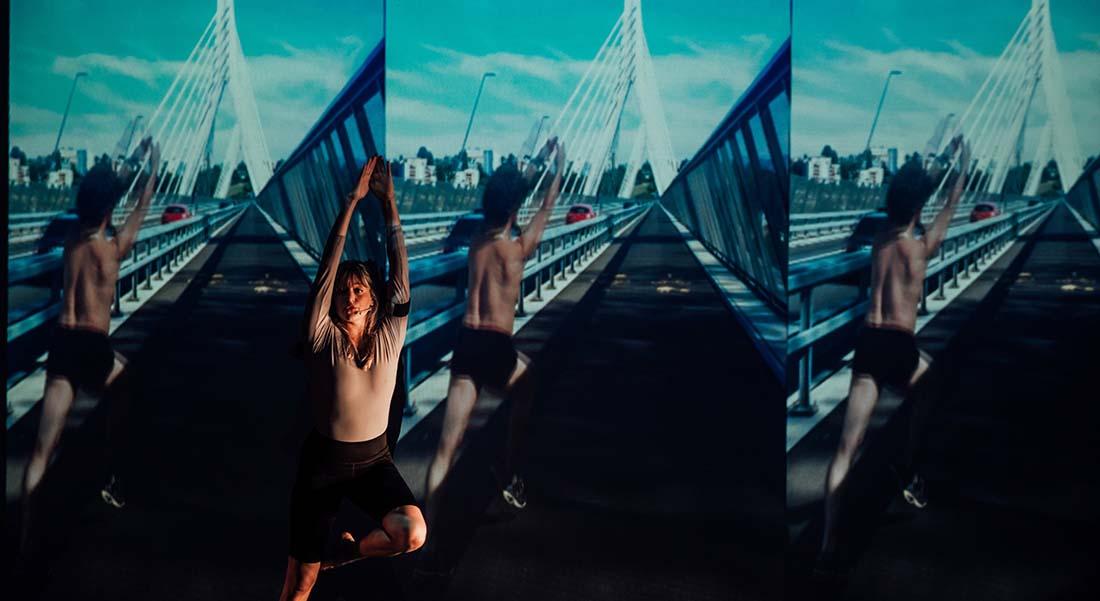 Dancewalk – Retroperspectives de Foofwa d'Imobilité & Alizée Sourbé Neopost Foofwa - Critique sortie Danse Avignon CDCN Les Hivernales