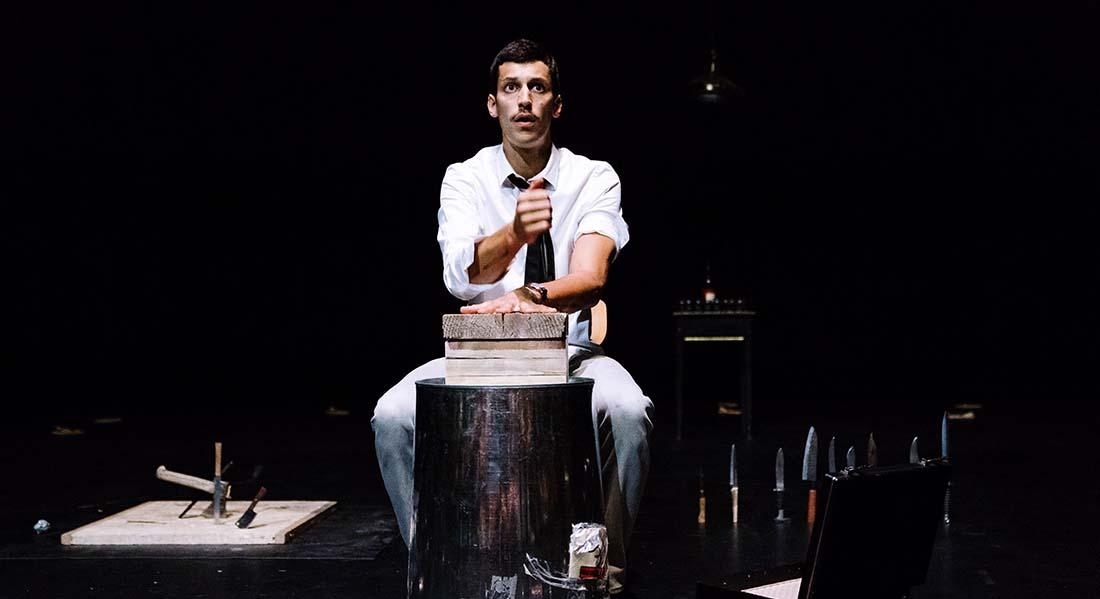 Take care of yourself de Marc Oosterhoff - Critique sortie Théâtre Avignon Théâtre du Train Bleu