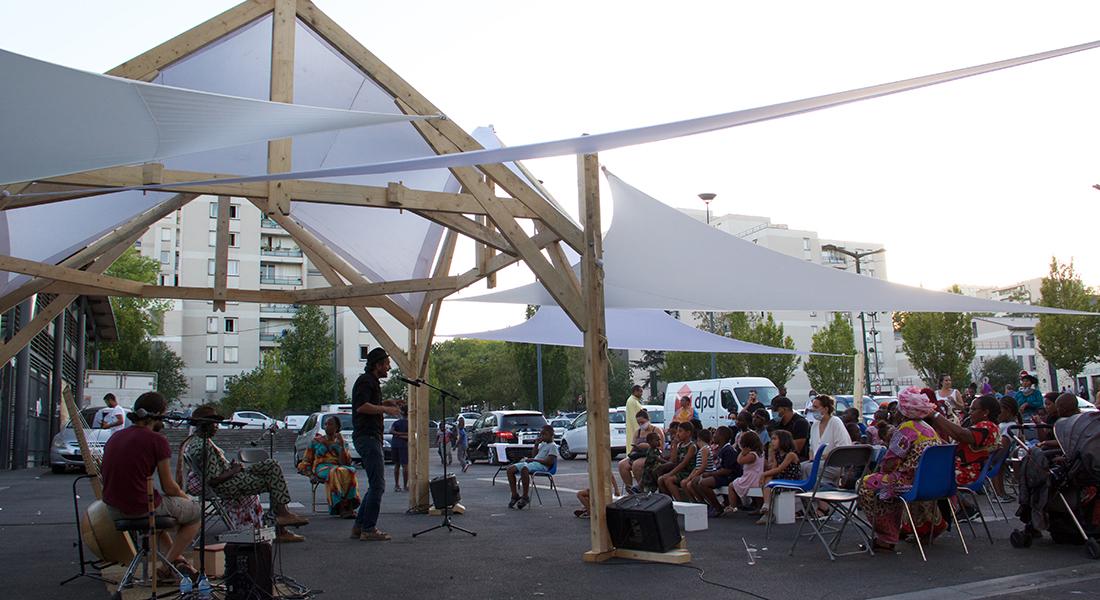 Festival Barak'théâtre, rencontre avec Simon Pitaqaj - Critique sortie Théâtre Corbeil-Essonnes parcs des quartiers de Corbeil-Essonnes