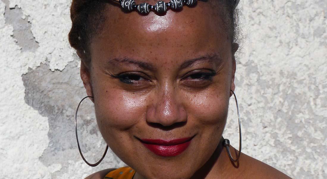 Autophagies (Histoires de bananes, riz, tomates, cacahuètes, palmiers. Et puis des fruits, du sucre, du chocolat) d'Eva Dumbia et Armand Gauz - Critique sortie Avignon / 2021 Avignon