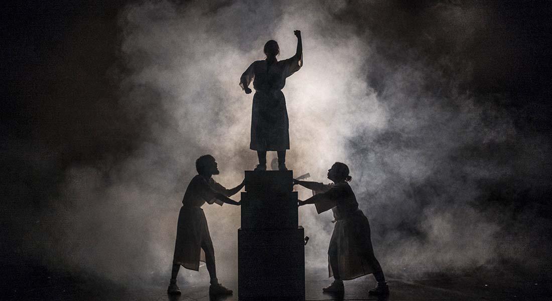 Héros (we can be) d'après Jean-Pierre Vernant - Critique sortie Théâtre Avignon Théâtre des Carmes - André Benedetto