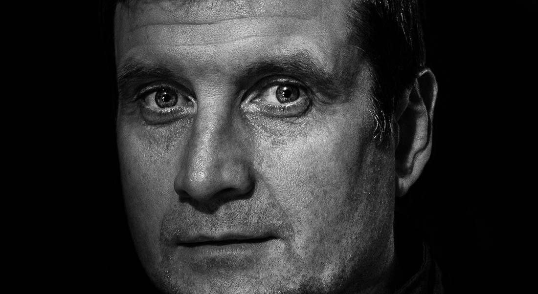 La Promesse de l'aube d'après Romain Gary, mis en scène par Stéphane Laporte - Critique sortie Avignon / 2021 Avignon Avignon Off. La Condition des Soies
