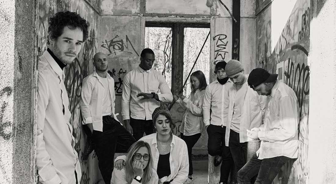 La Vague d'après Dennis Gansel et Todd Strasser, mise en scène d'Alexandre Auvergne - Critique sortie Théâtre Avignon La Fabrik' Théâtre