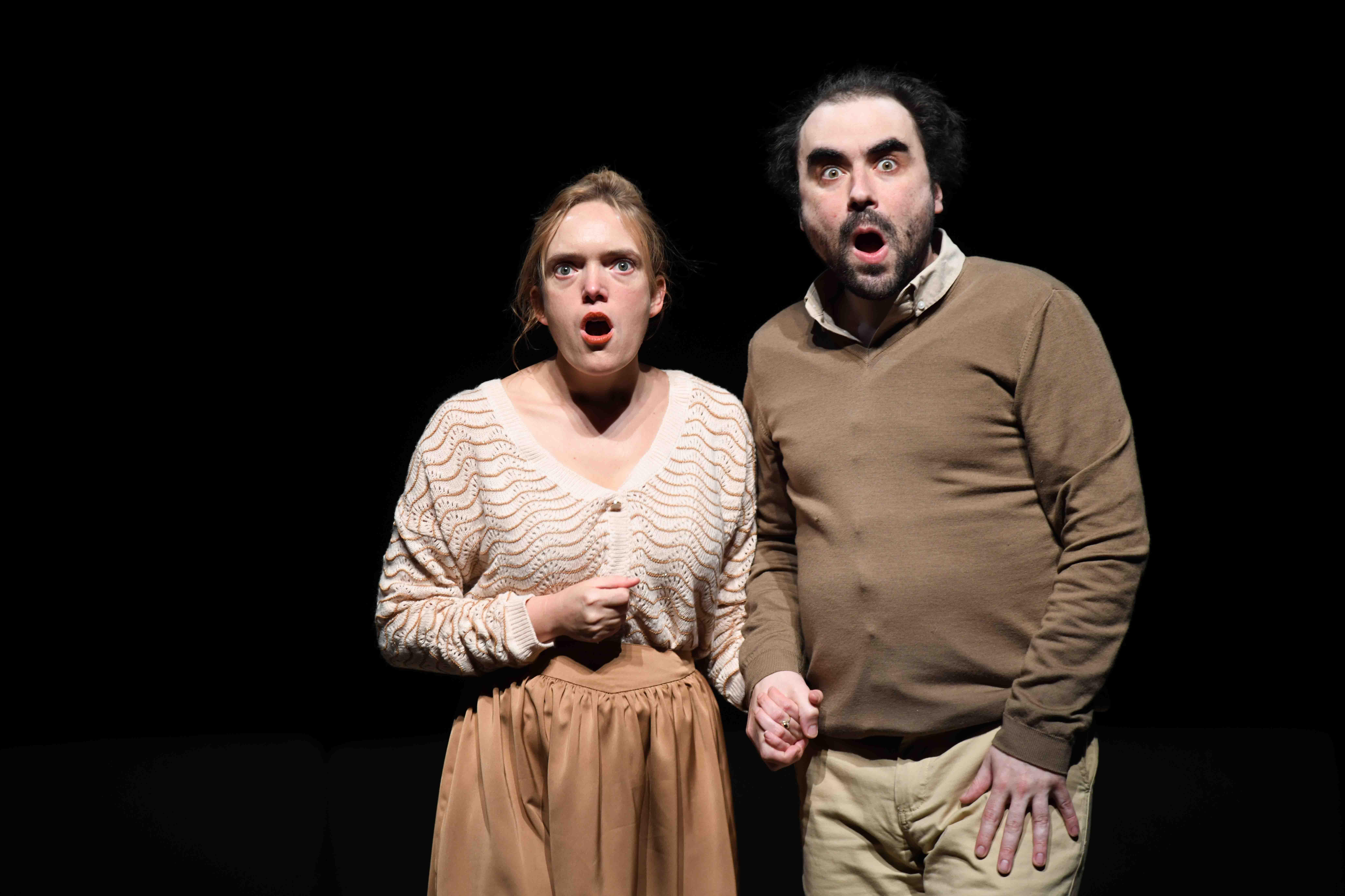 Le Bonheur des uns de Come de Bellescize - Critique sortie Théâtre Avignon Théâtre des Béliers