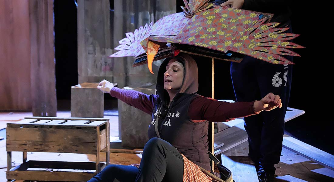 Le Garçon à la valise de Mike Kenny mis en scène par Christophe Sauvion - Critique sortie Avignon / 2021 Avignon Avignon Off. Le nouveau Grenier