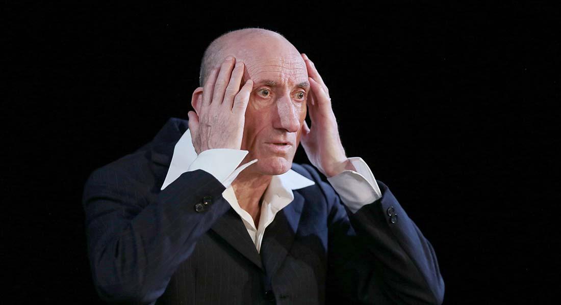 Le jour où j'ai appris que j'étais juif de et par Jean-François Derec, mise en scène Georges Lavaudant - Critique sortie Avignon / 2021 Avignon Avignon Off. Théâtre du Chêne Noir