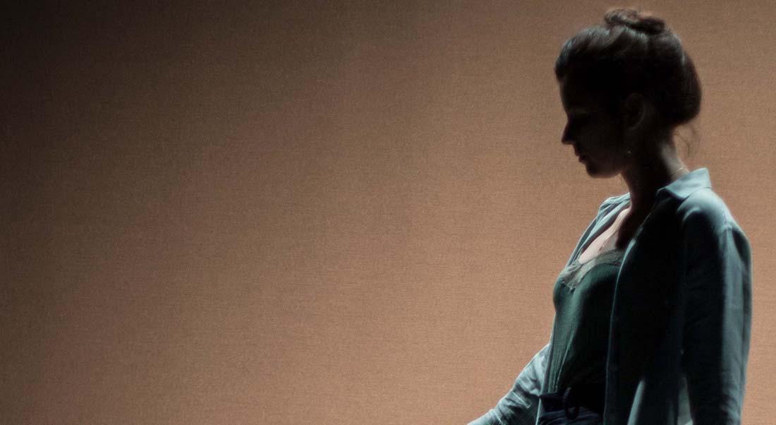 OVNI d'Ivan Viripaev, mise en scène de Olivier Maurin - Critique sortie Avignon / 2021 Avignon Avignon Off. 11•Avignon