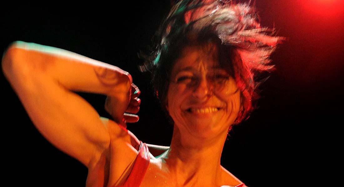 Là, se délasse Lilith de Marinette Dozeville - Critique sortie Danse Avignon La Caserne