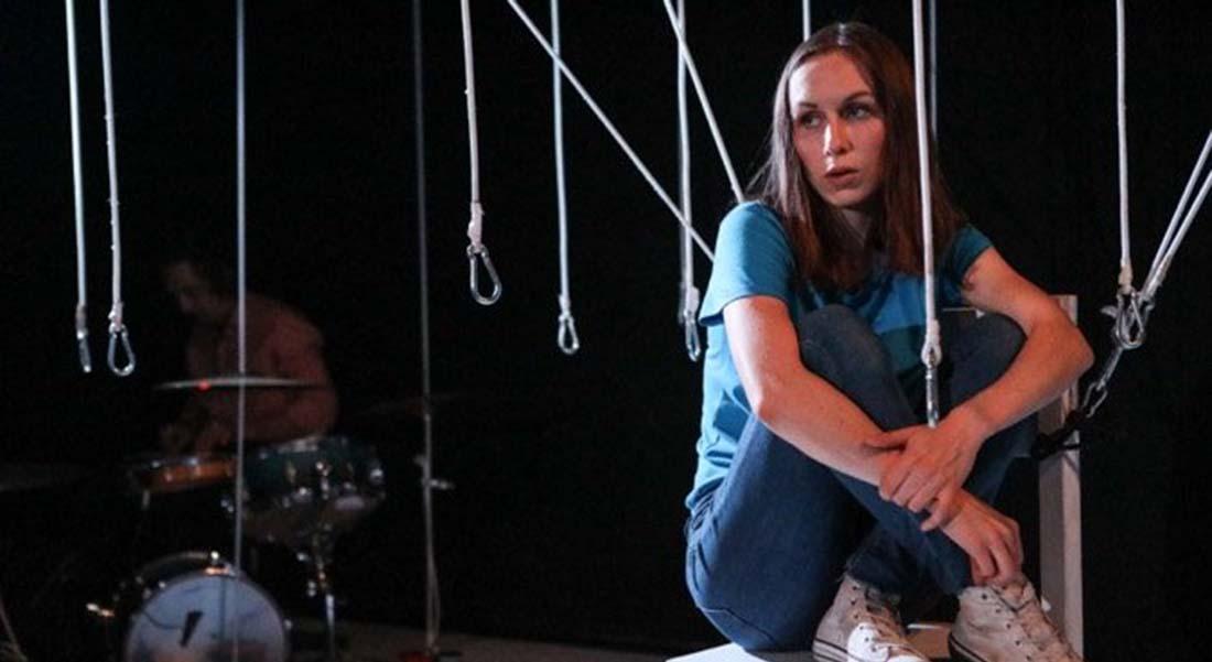 Sales gosses de Mihaela Michailov mis en scène par Fabio Godinho - Critique sortie Théâtre Avignon La Caserne