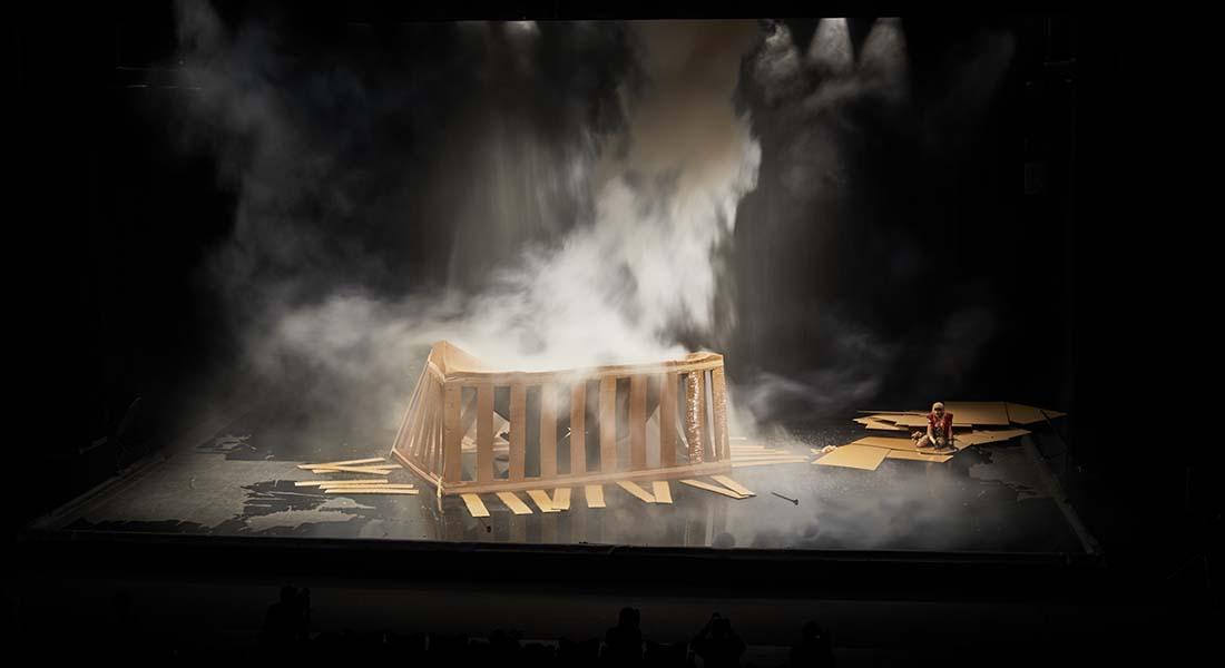 La Trilogie des Contes Immoraux (Pour Europe) de de Phia Ménard - Critique sortie Théâtre Avignon Festival d'Avignon. Opéra Confluence