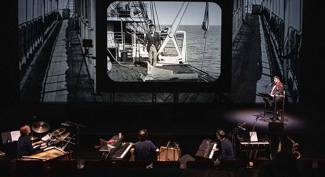 Buster, d'après le personnage de Buster Keaton, mise en scène de Mathieu Bauer - Critique sortie Théâtre Montreuil Nouveau Théâtre de Montreuil – Centre dramatique national