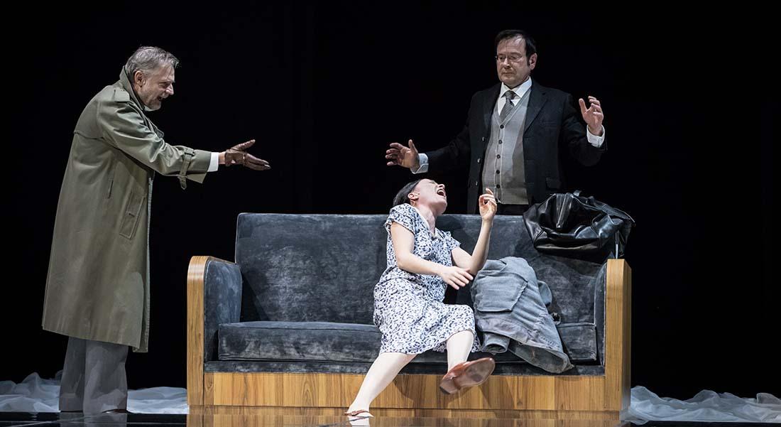 Comme tu me veux de Luigi Pirandello, mise en scène Stéphane Braunschweig - Critique sortie Théâtre Paris Odéon-Théâtre de l'Europe