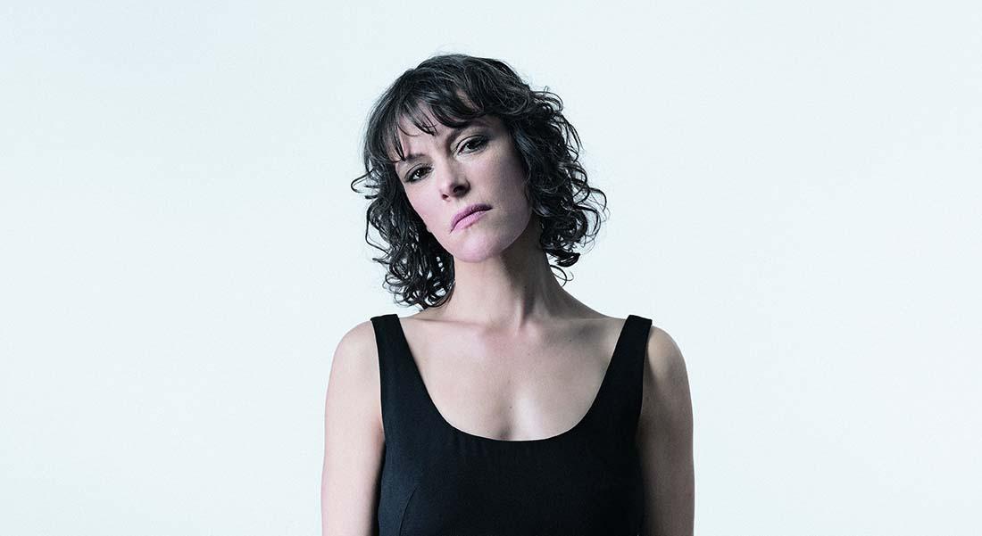 Icare par Emily Loizeau - Critique sortie Jazz / Musiques Paris Le CENTQUATRE-PARIS