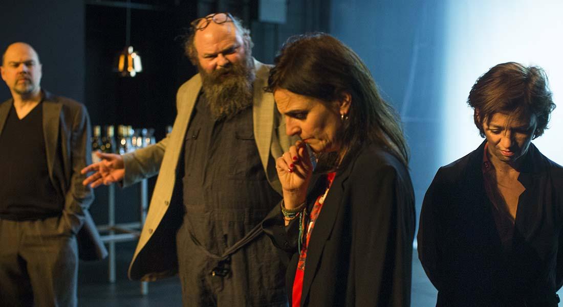 Quoi/Maintenant d'après Jon Fosse et Marius von Mayenburg, mise en scène du TG Stan - Critique sortie  Nîmes Théâtre de Nîmes