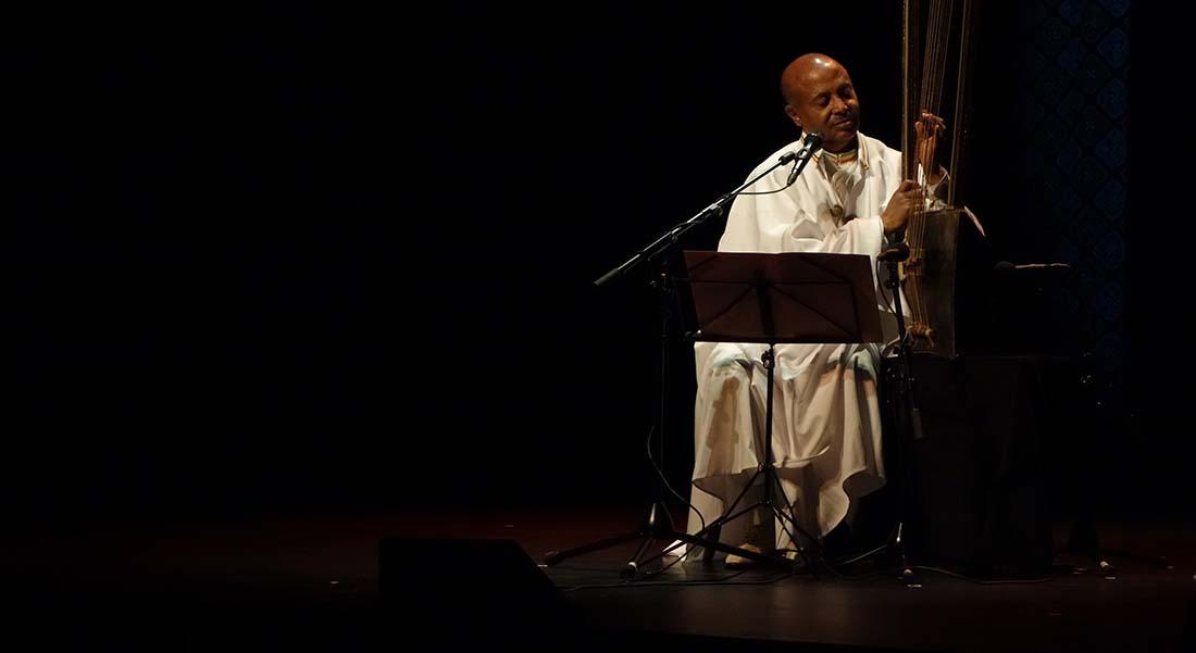 « Divines Expressions » avec Alemu Aga et l'ensemble A Ricuccata invités du Festival de l'Imaginaire. - Critique sortie Jazz / Musiques Paris Sainte-Chapelle