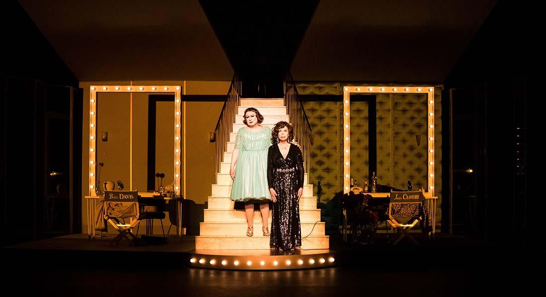 Qu'est-il arrivé à Bette Davies et Joan Crawford ? de Jean Marboeuf, mise en scène de Michel Fau - Critique sortie Théâtre Paris Théâtre de la Porte Saint-Martin