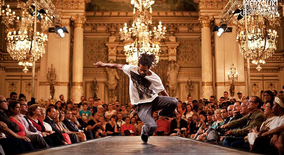 Défilé chorégraphique, direction artistique Mourad Merzouki - Critique sortie Danse Lyon