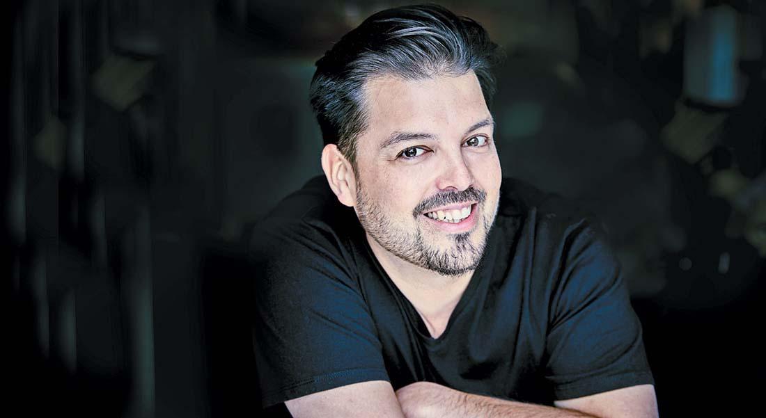 Le ténor et chef d'orchestre Emiliano Gonzalez Toro - Critique sortie Classique / Opéra Paris Philharmonie de Paris
