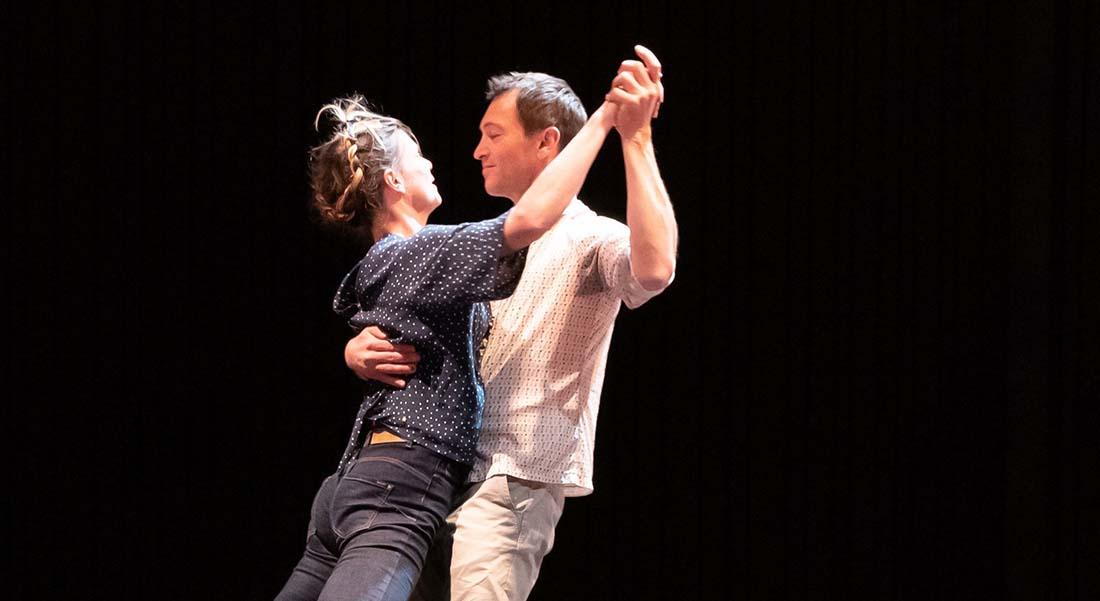 En attendant le grand soir de Pierre-Jean Bréaud - Critique sortie Cirque Ramonville Le Kiwi - association ARTO